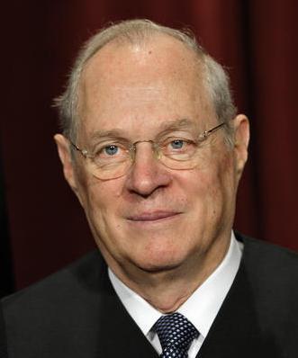 克林顿上台后,罗伯茨重返律师界,成为在最高法院出庭经验最丰富,胜诉